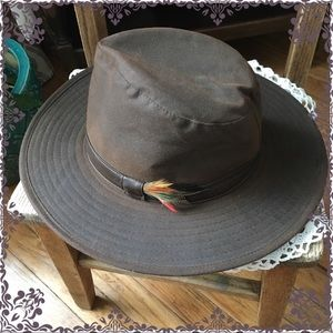 Other - 🥳 HP🥳 Men's Oiled Cloth Safari Explorer Hat